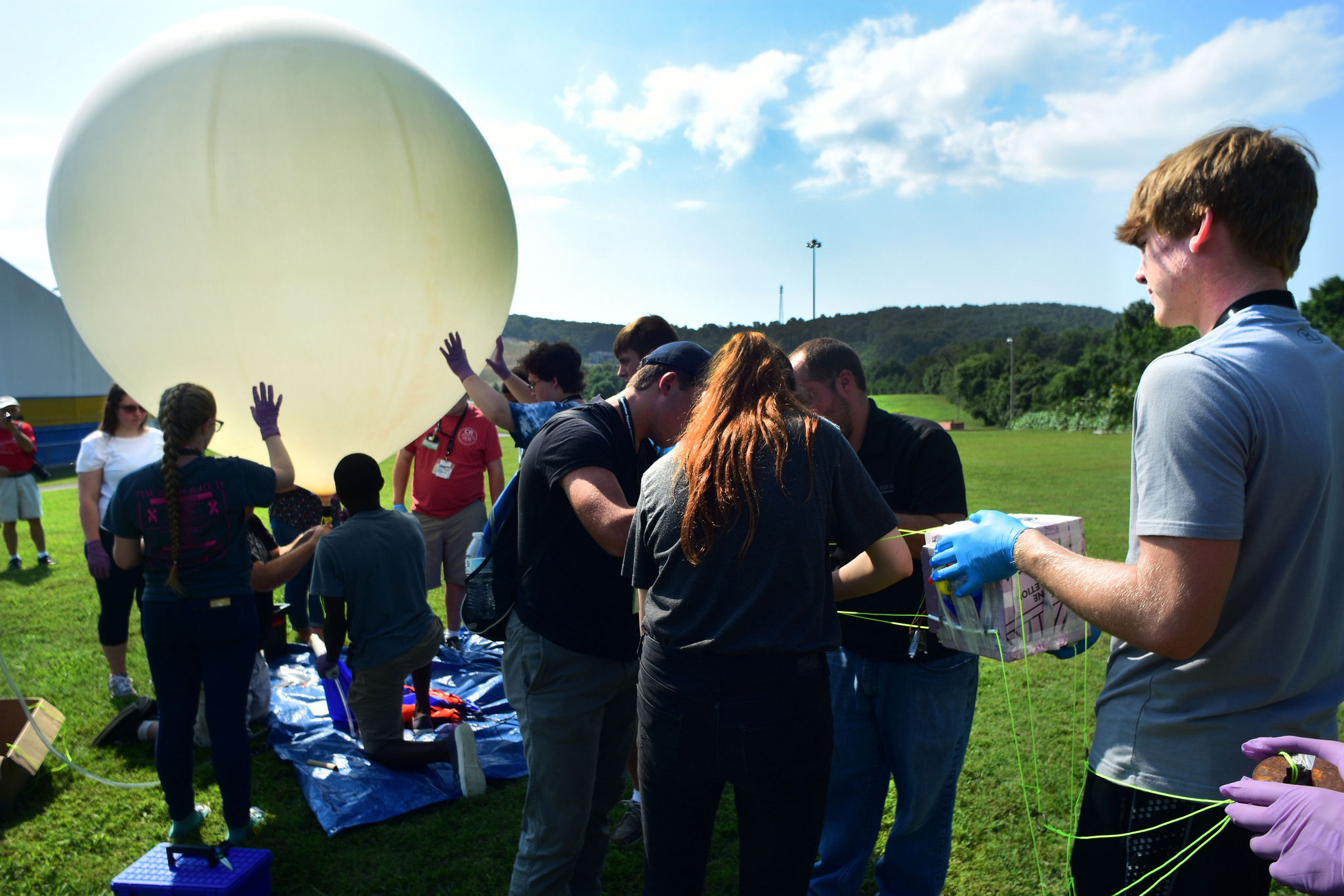 Students test a weather balloon during the ARC/ORNL High School Summer Math-Science-Technology Summer Institute